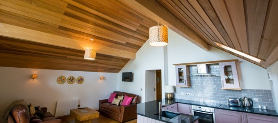 Wooden ceilings in timber frame lodges
